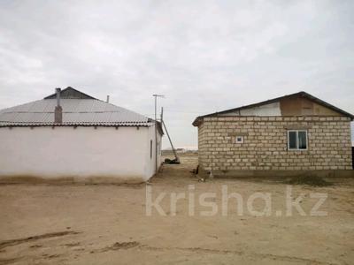 4-комнатный дом, 140 м², 10 сот., Еркинкала Атамура 4 4 за 13 млн 〒 в Атырау — фото 4