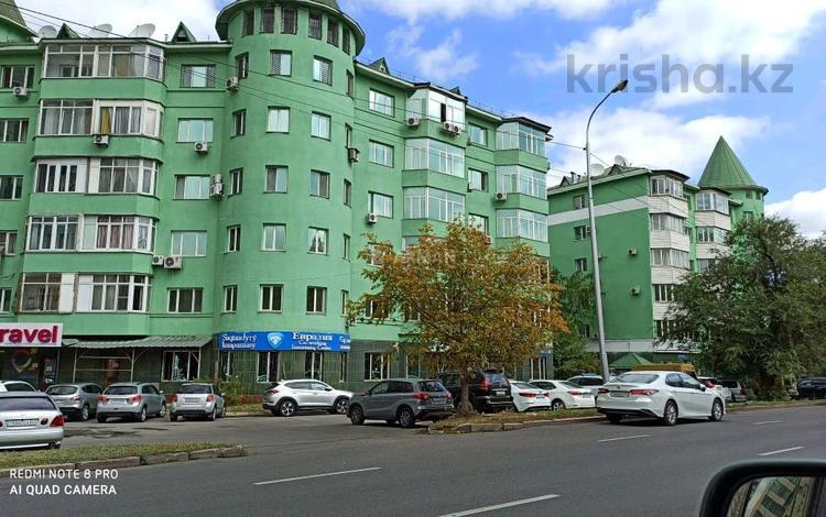 3-комнатная квартира, 137 м², 6/6 этаж, Курмангазы 141 — Курмангазы за 73 млн 〒 в Алматы, Алмалинский р-н