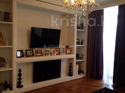 3-комнатная квартира, 130 м², 7/8 этаж помесячно, Омаровой 37 за 950 000 〒 в Алматы, Медеуский р-н — фото 9