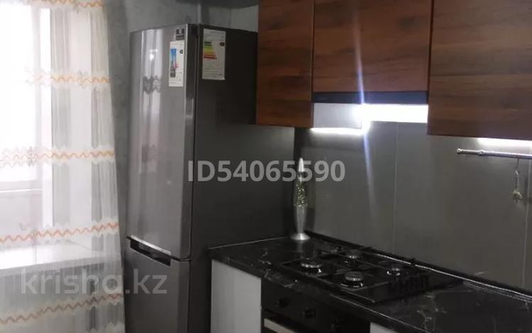 3-комнатная квартира, 61.4 м², 5/5 этаж, Уразбаева 2/4 за 15.5 млн 〒 в Уральске