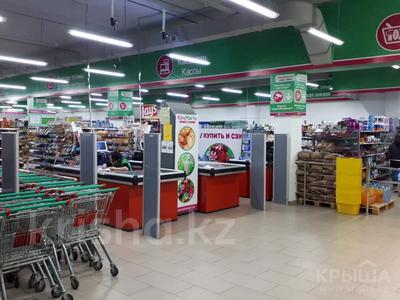 Магазин площадью 1500 м², ул. Республики за 285 млн 〒 в Караганде