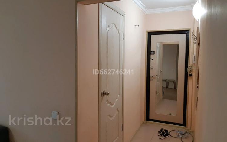 2-комнатная квартира, 46 м², 5/5 этаж, мкр Майкудук, 19й микрорайон 74 за 10.5 млн 〒 в Караганде, Октябрьский р-н