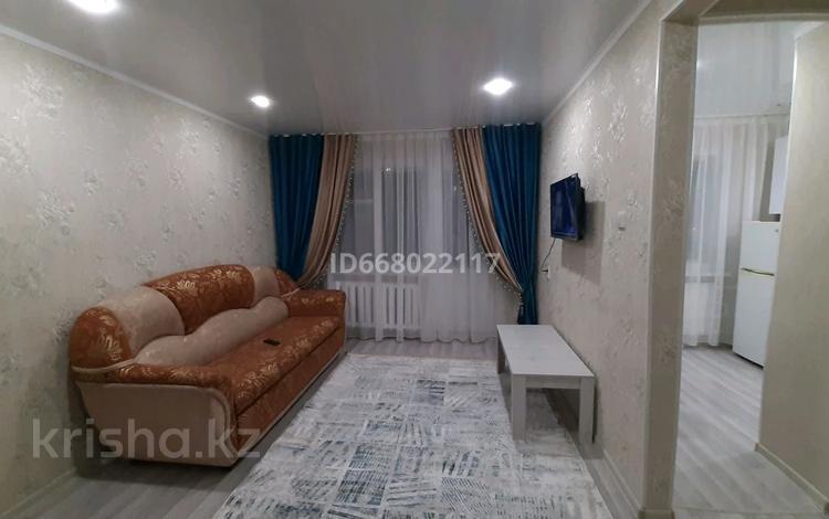 1-комнатная квартира, 34 м², 4/5 этаж посуточно, 408-й квартал 19 за 6 000 〒 в Семее