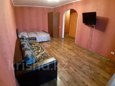 1-комнатная квартира, 35 м², 3/5 этаж посуточно, Урицкого 74 за 5 000 〒 в Павлодаре — фото 4