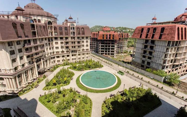 3-комнатная квартира, 106.2 м², 6/8 этаж, мкр Юбилейный 33 за 75 млн 〒 в Алматы, Медеуский р-н