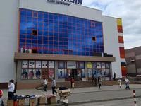 Здание, площадью 9603.7 м²