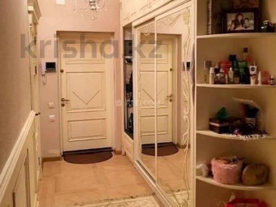 3-комнатная квартира, 130 м², 7/21 этаж помесячно, Достык 97 за 450 000 〒 в Алматы, Медеуский р-н — фото 5