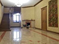 7-комнатный дом, 480 м², 12.5 сот.