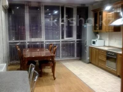3-комнатная квартира, 120 м² помесячно, Солодовникова 21 — проспект Гагарина за 250 000 〒 в Алматы