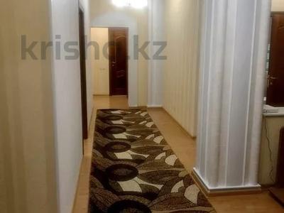 3-комнатная квартира, 120 м² помесячно, Солодовникова 21 — проспект Гагарина за 250 000 〒 в Алматы — фото 6