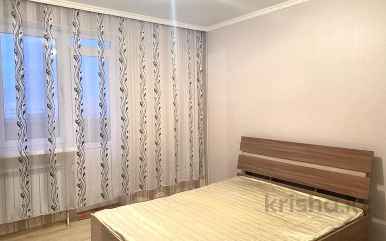 2-комнатная квартира, 61 м², 8/12 этаж, Е30 улица за 19.2 млн 〒 в Нур-Султане (Астана), Есиль р-н