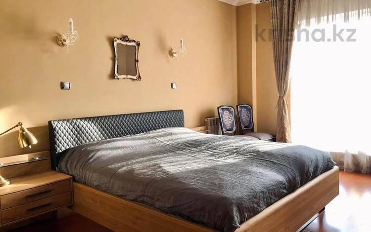 4-комнатная квартира, 165 м², 6/8 этаж, мкр Мирас, Мкр. Мирас за 125 млн 〒 в Алматы, Бостандыкский р-н