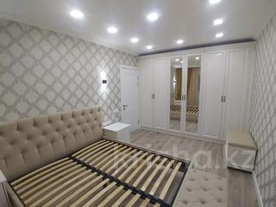 3-комнатная квартира, 89.2 м², 7/16 этаж, Самал 7 за 45 млн 〒 в Нур-Султане (Астана), р-н Байконур — фото 13