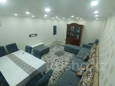 3-комнатная квартира, 89.2 м², 7/16 этаж, Самал 7 за 45 млн 〒 в Нур-Султане (Астана), р-н Байконур — фото 2