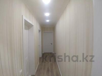 3-комнатная квартира, 89.2 м², 7/16 этаж, Самал 7 за 45 млн 〒 в Нур-Султане (Астана), р-н Байконур — фото 8