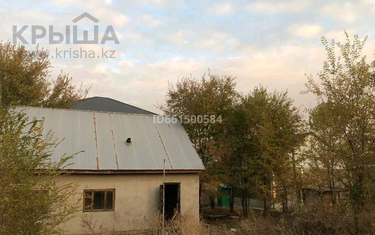 4-комнатный дом, 49 м², 6 сот., Кайрат за 10 млн 〒 в Алматы, Турксибский р-н