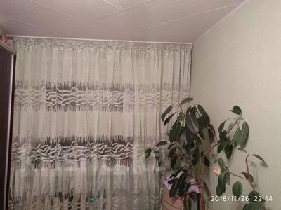 3-комнатная квартира, 62.5 м², 9/9 этаж, Мамраева 4 за 11.5 млн 〒 в Караганде, Октябрьский р-н