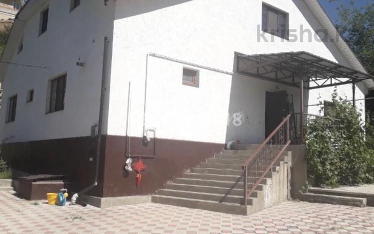 6-комнатный дом помесячно, 233 м², 6 сот., Курортная 215 за 400 000 〒 в Алматы, Бостандыкский р-н