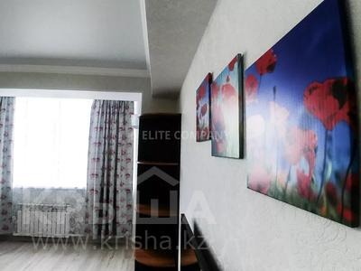 2-комнатная квартира, 76 м², 6/16 этаж посуточно, 17-й мкр 3 за 15 000 〒 в Актау, 17-й мкр