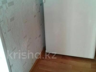 2-комнатная квартира, 48 м², 5/5 этаж посуточно, Жамбыла Жабаева 137 — Конституции Казахстана за 5 000 〒 в Петропавловске — фото 6