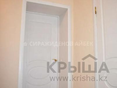 2-комнатная квартира, 60 м², 6/10 этаж, Алихана Бокейханова 15 — Бухар жырау за 24.3 млн 〒 в Нур-Султане (Астана), Есиль р-н — фото 8