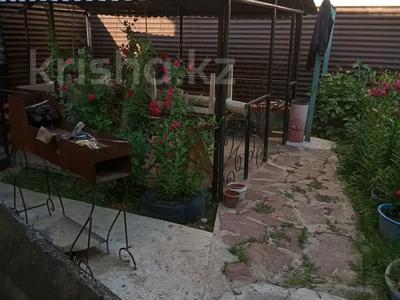 Дача с участком в 8 сот., мкр Акжар 104 за 12 млн 〒 в Алматы, Наурызбайский р-н — фото 4