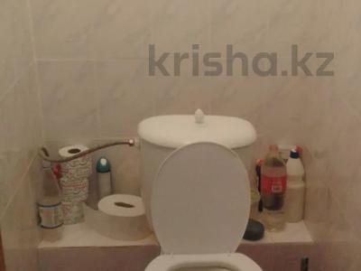3-комнатная квартира, 75 м², 2/18 этаж, Кенесары — Ахмета Жубанова за 27.8 млн 〒 в Нур-Султане (Астана), р-н Байконур — фото 8