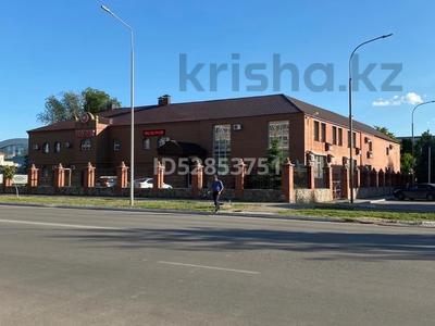 Здание, площадью 2850 м², Тауелсиздик 167 за 400 млн 〒 в Костанае