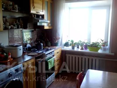 4-комнатная квартира, 77 м², 5/5 этаж, Байтурсынова 4 за 13.8 млн 〒 в Семее