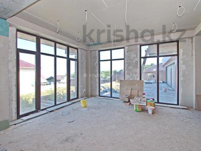 8-комнатный дом, 680 м², 16 сот., ПК Аксайский медик 107 за 83 млн 〒 в Алматы, Наурызбайский р-н