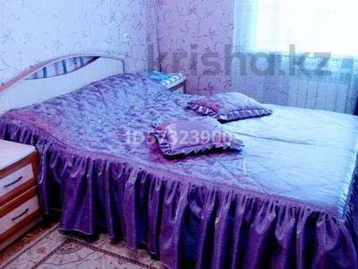 2-комнатная квартира, 48 м², 4/9 этаж посуточно, Абдирова — Гоголя за 8 000 〒 в Караганде, Казыбек би р-н — фото 3