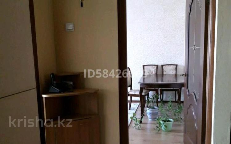 2-комнатная квартира, 55 м², 5/5 этаж, Мамыр-2 за 25 млн 〒 в Алматы