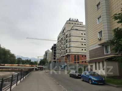 Магазин площадью 667.4 м², Кожамкулова — Кабанбай Батыра за 92 млн 〒 в Алматы, Алмалинский р-н