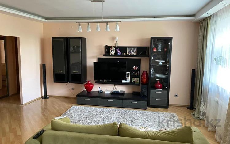 2-комнатная квартира, 65 м², М. Габдуллина за 24.5 млн 〒 в Нур-Султане (Астана)