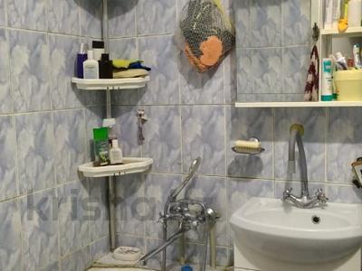 3-комнатная квартира, 60 м², 3/5 этаж, мкр Тастак-1, Мкр Тастак-1 за 20.5 млн 〒 в Алматы, Ауэзовский р-н — фото 8