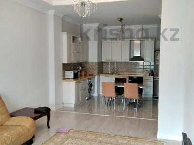 2-комнатная квартира, 79.3 м², 4 этаж, Жамакаева 254/2 за 48 млн 〒 в Алматы, Медеуский р-н