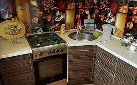 1-комнатная квартира, 30 м², 5/5 этаж, 4 мкр 12 за 5 млн 〒 в Лисаковске