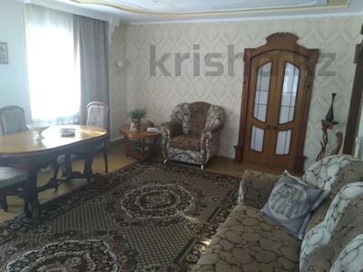4-комнатный дом, 175.7 м², 6 сот., Ешекеева 27 — Торайгырова за ~ 22 млн 〒 в Семее — фото 15