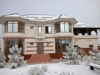6-комнатный дом помесячно, 420 м², 10 сот.