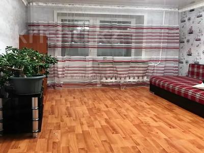 3-комнатная квартира, 70 м², 2/9 этаж помесячно, Шаймердена Косшыгулулы за 145 000 〒 в Нур-Султане (Астана) — фото 2