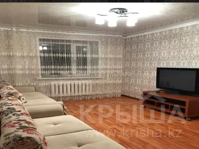 3-комнатная квартира, 70 м², 2/9 этаж помесячно, Шаймердена Косшыгулулы за 145 000 〒 в Нур-Султане (Астана) — фото 4