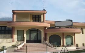 Помещение площадью 940 м², Modena за ~ 1.5 млрд 〒