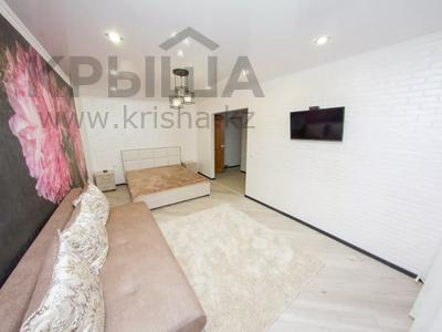 1-комнатная квартира, 35 м², 3/5 этаж посуточно, Абая 31 — Жумабаева за 10 000 〒 в Петропавловске — фото 2