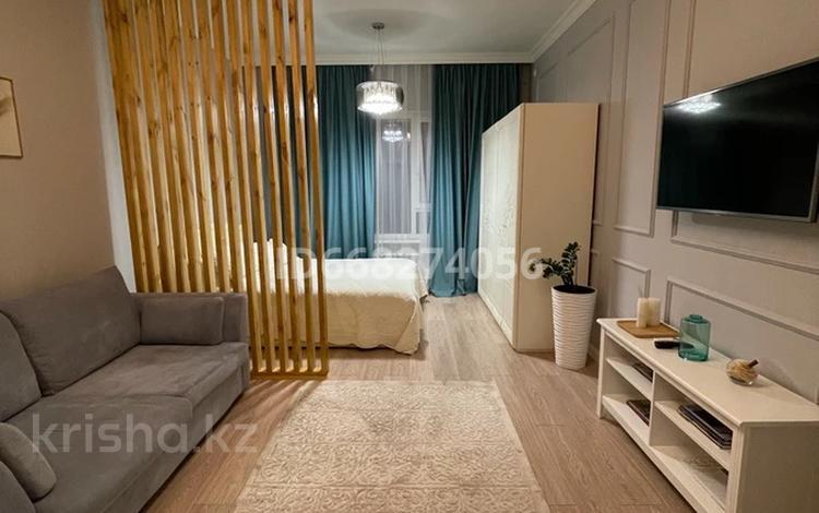 1-комнатная квартира, 48 м², 8/8 этаж посуточно, Розыбакиева — Ходжанова за 18 000 〒 в Алматы, Бостандыкский р-н