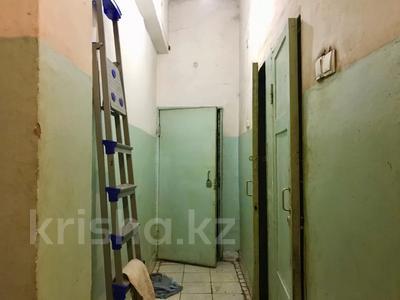 Магазин площадью 212 м², Ержанова за 400 000 〒 в Караганде, Казыбек би р-н — фото 13