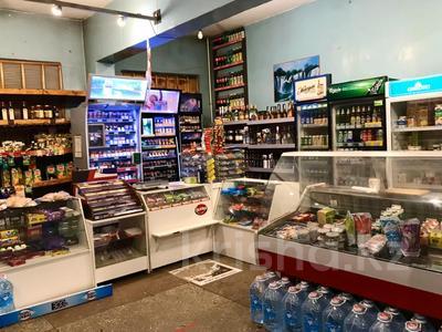 Магазин площадью 212 м², Ержанова за 400 000 〒 в Караганде, Казыбек би р-н — фото 6