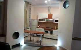 2-комнатная квартира, 56 м², 3/3 этаж посуточно, проспект Аль-Фараби 91 — Баймагамбетова за 10 000 〒 в Костанайской обл.