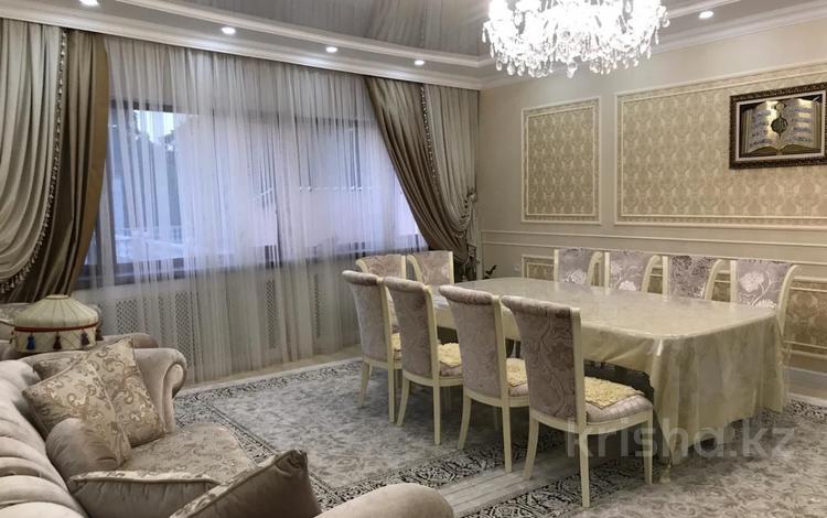 3-комнатная квартира, 177 м², 2/6 этаж, Аль-Фараби — Дулати Мухаммеда Хайдар (Безымянная) за 99 млн 〒 в Алматы, Бостандыкский р-н