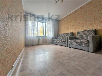1-комнатная квартира, 35 м², 3/5 этаж, проспект Абылай Хана 24 за 10.5 млн 〒 в Нур-Султане (Астана), Алматы р-н — фото 2