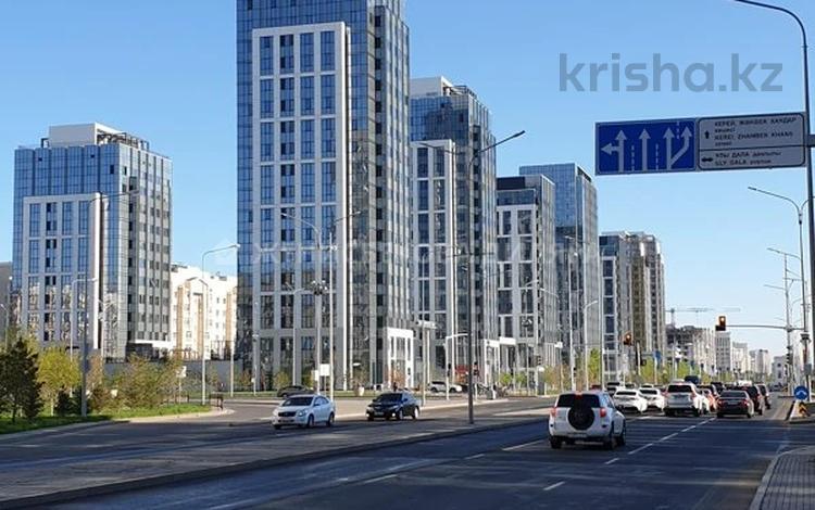 4-комнатная квартира, 130 м², 2/16 этаж, проспект Мангилик Ел за ~ 61 млн 〒 в Нур-Султане (Астане), Есильский р-н